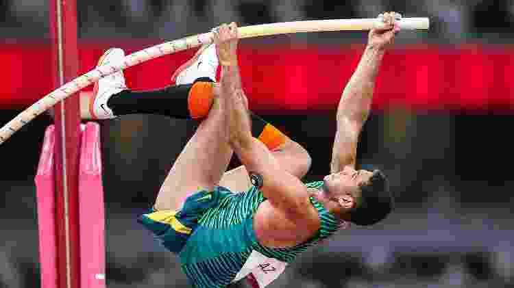 Thiago Braz saltou 5,87m nas Olimpíadas de Tóquio e garantiu medalha de bronze para o Brasil no salto com vara - Gaspar Nóbrega/COB - Gaspar Nóbrega/COB