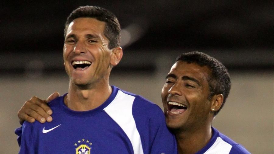 Jorginho e Romário foram parceiros de seleção brasileira por muitos anos - Reuters/REUTERS/Lucy Nicholson