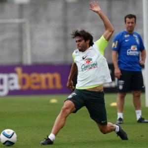 Seleção brasileira faz primeiro treino em São Paulo de olho na Argentina 5bf9562c9760f