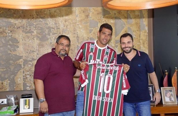 Diego Souza foi anunciado oficialmente nesta sexta-feira pelo Fluminense