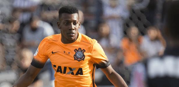 Moisés pode deixar Corinthians após passagem por empréstimo no Bahia