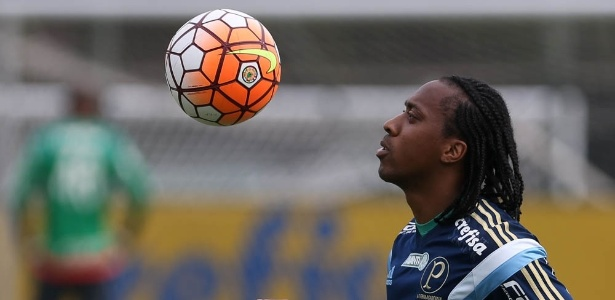 Arouca pode deixar o Palmeiras para acertar como o Atlético-MG