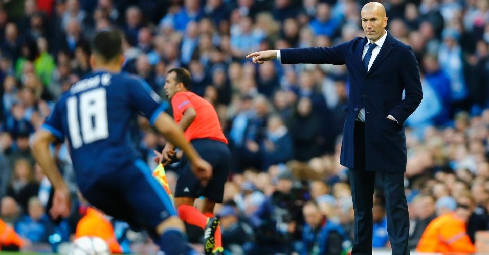 Zidane orienta o Real Madrid contra o Manchester City pela Liga dos Campeões