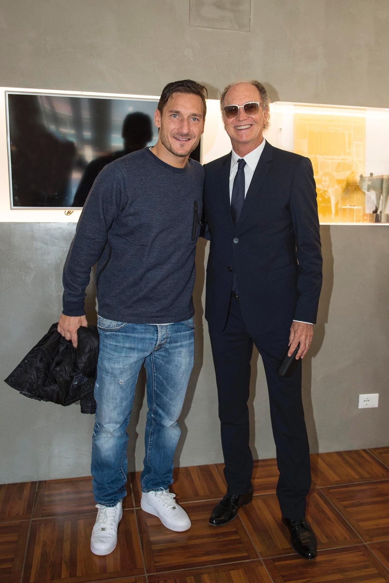 Falcão encontra Totti em visita à Roma