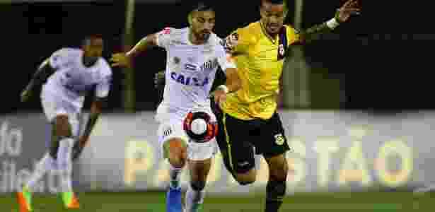 Rafael Longuine não disputou uma partida sequer com a camisa do Santos em 2018 - MARCOS BEZERRA/FUTURA PRESS/FUTURA PRESS/ESTADÃO CONTEÚDO