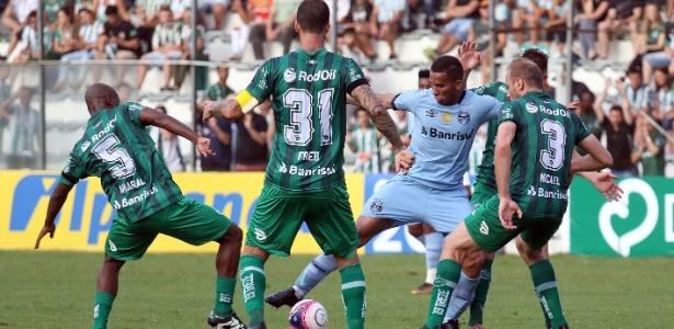 Jael foi o autor do primeiro gol do Grêmio contra o Juventude neste domingo