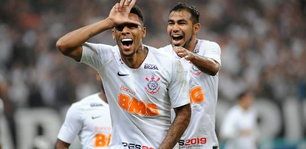 Gustagol comemora após marcar contra o São Paulo - Alan Morici/AGIF