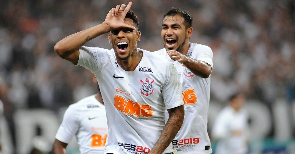 8831c2a12c Gustagol comemora após marcar para o Corinthians contra o São Paulo