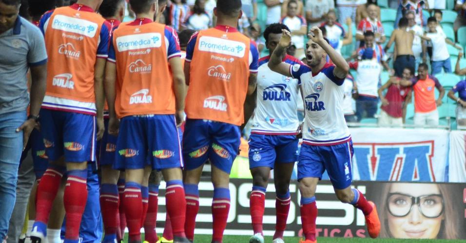 Gilberto comemora após marcar pelo Bahia sobre o Flamengo