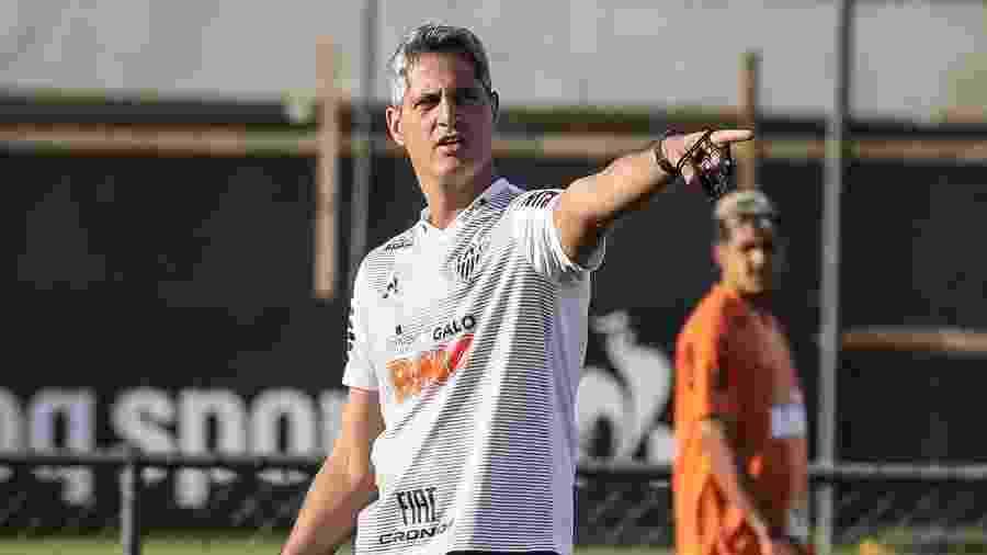 Rodrigo Santana comanda treino do Atlético-MG; técnico deixou o clube em 2019 - Bruno Cantini/Divulgação/Atlético-MG