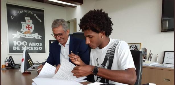 Problema para Abel | Lesão de Talles Magno impacta time e situação financeira do Vasco