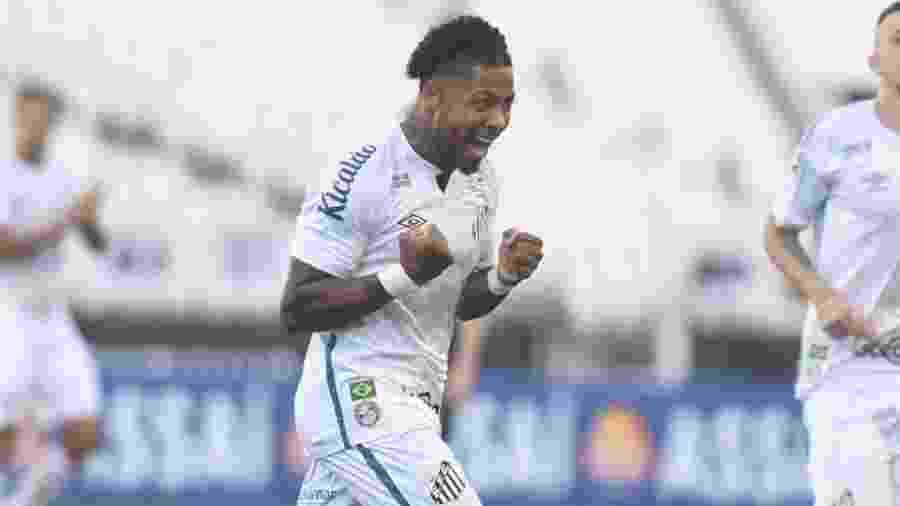 Marinho comemora gol marcado pelo Santos contra o Novorizontino no Paulistão - Ivan Storti
