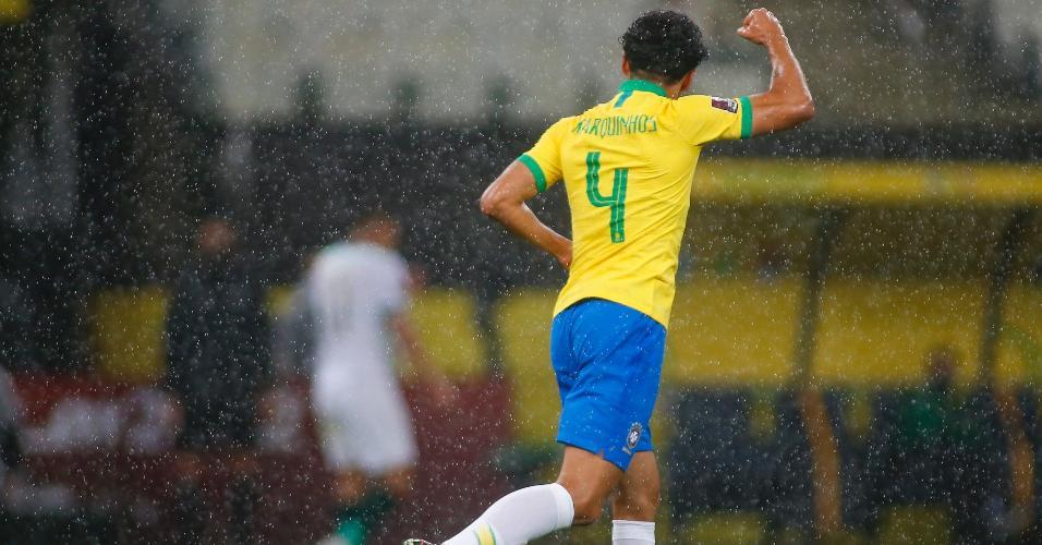 Marquinhos comemora gol do Brasil contra a Bolívia, pelas Eliminatórias