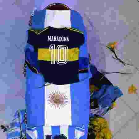 Caixão de Maradona tem bandeira da Argentina e camisas da seleção argentina e do Boca - Handout / Argentinian Presidency / AFP