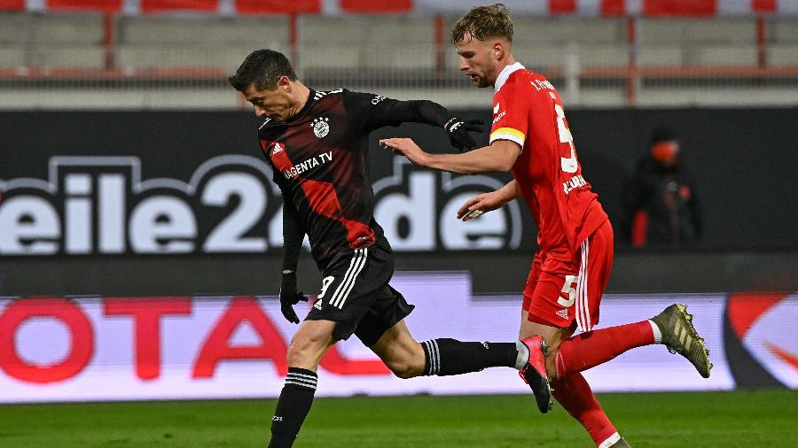 Lewandowski, durante partida entre Bayern de Munique e Union Berlin - Tobias SCHWARZ / various sources / AFP