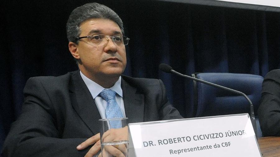 Roberto Cicivizzo Júnior durante Audiência Pública na ALESP em junho de 2016. Ele luta contra o coronavírus - José Antônio Teixeira/Divulgação/ALESP