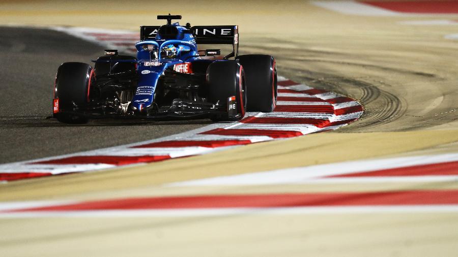 Fernando Alonso na corrida do retorno à F1, pela Alpine - Dan Istitene/Getty Images