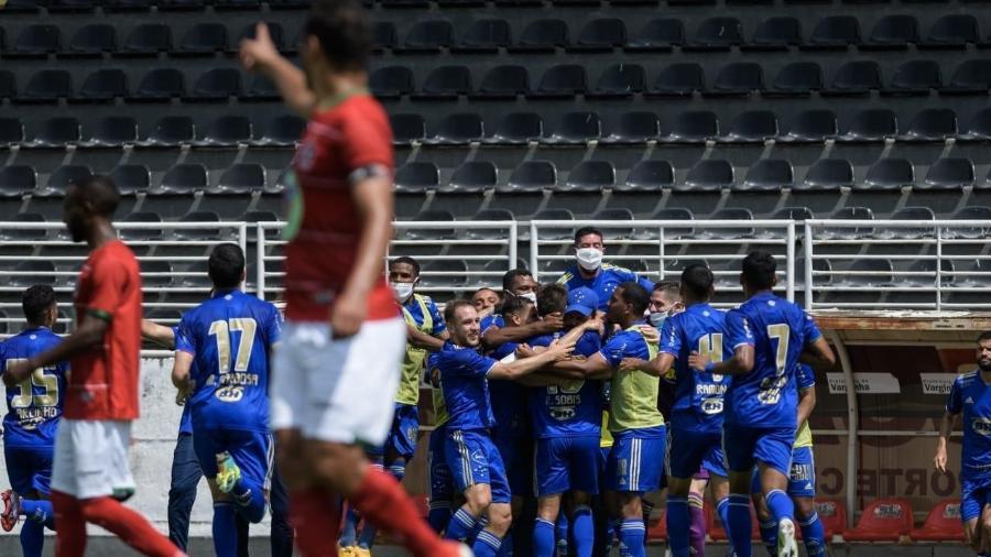 Jogadores do Cruzeiro comemoram gol sobre o Boa Esporte - Gustavo Aleixo/Cruzeiro