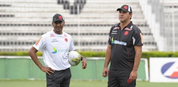 Os amigos Cristóvão Borges e Ricardo Gomes durante trabalho no Vasco em 2011 - Marcelo Sadio/ site oficial do Vasco