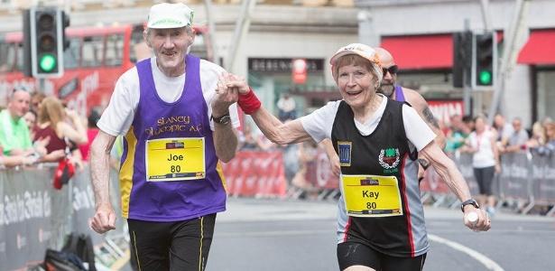 Aos 80 anos, Joe e Kay fizeram os 42km da maratona em 5h25min