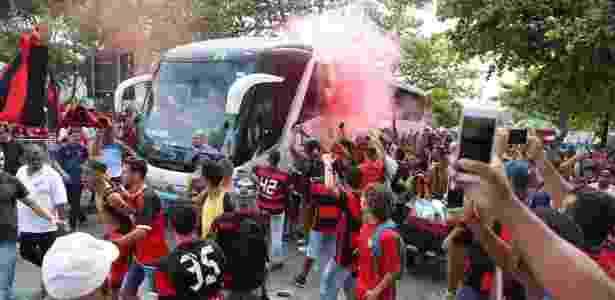Um dos ônibus da empresa Util alugado pelo Flamengo por exigência do elenco - Gilvan de Souza/ Flamengo - Gilvan de Souza/ Flamengo