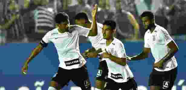 2c3e4924e0 Corinthians faz 8 a 0 no Visão Celeste e passa na Copinha com melhor ataque