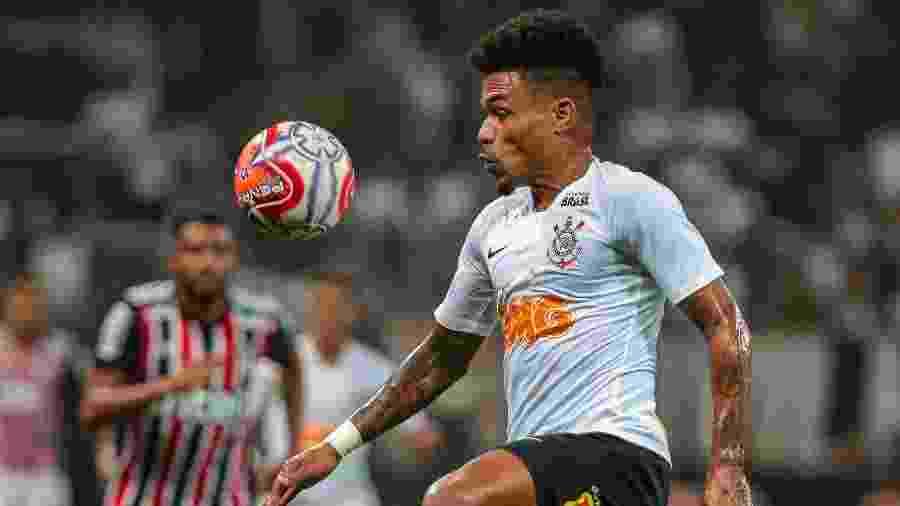 Junior Urso, durante partida entre Corinthians e São Paulo - Ale Cabral/AGIF