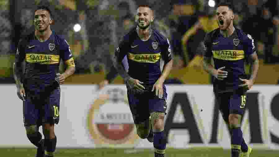 Jogadores do Boca Juniors comemoram após gol contra o Athletico Paranaense pela Libertadores - Juan Mabromata/AFP