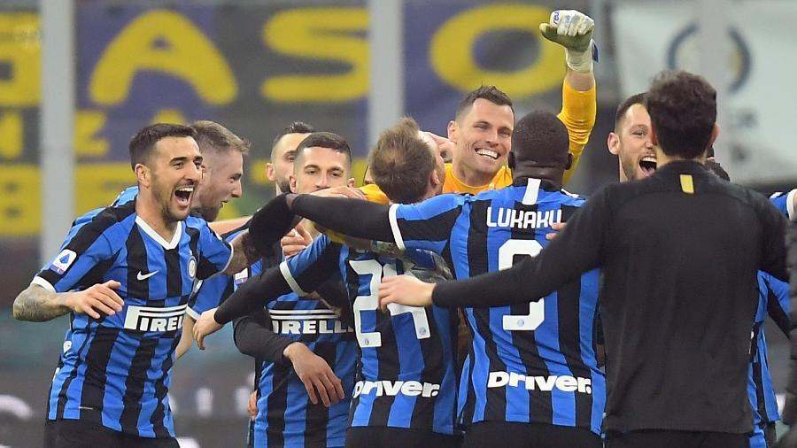 Inter de Milão é um dos clubes presentes nas semifinais da Copa da Itália - REUTERS/Daniele Mascolo