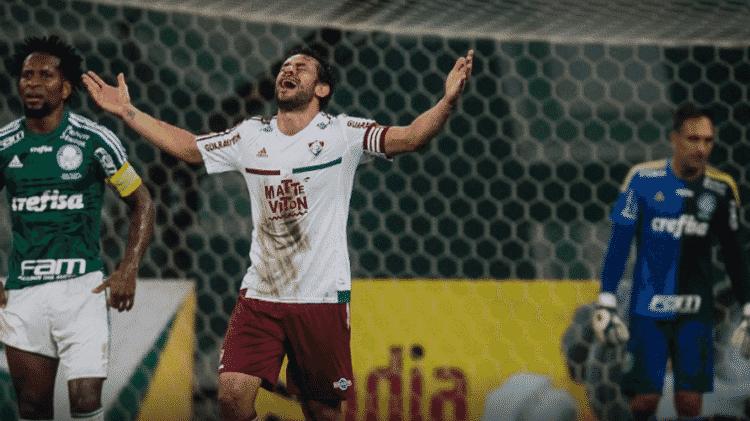 Fred se emociona ao comemorar gol sobre o Palmeiras na Copa do Brasil de 2015 - Eduardo Anzielli/FolhaPress - Eduardo Anzielli/FolhaPress