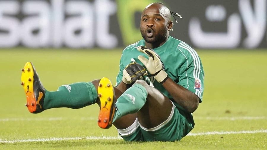 Robert Kidiaba entrou para a história como goleiro do TP Mazembe - Reuters
