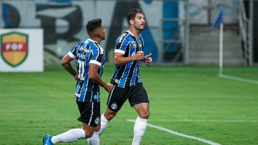 Lucas Silva será titular no meio-campo do Grêmio contra o Lanús, hoje - Fernando Alves/AGIF