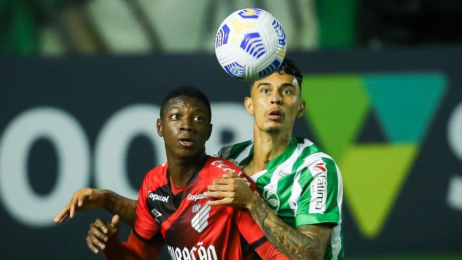 Athletico Paranaense venceu o jogo do primeiro turno por 3 a 0, no Alfredo Jaconi - PEDRO H. TESCH/AGIF - AGÊNCIA DE FOTOGRAFIA/AGIF - AGÊNCIA DE FOTOGRAFIA/ESTADÃO CONTEÚDO