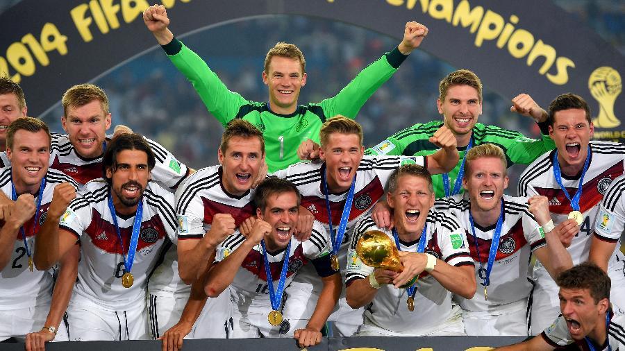 Jogadores comemoram, no Maracanã, o tetracampeonato da seleção da Alemanha, conquistado no dia 13 de julho de 2014 - Mike Hewitt - FIFA/FIFA via Getty Images