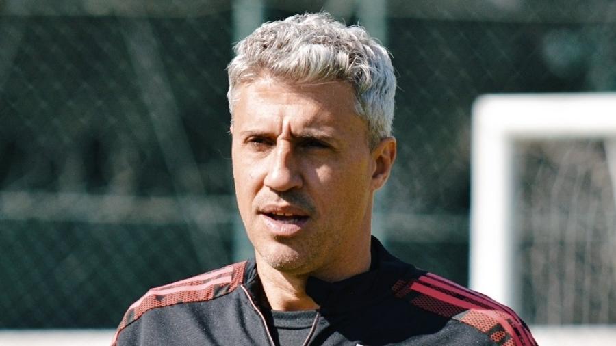 Hernán Crespo, técnico do São Paulo, comanda treino no CT da Barra Funda - Erico Leonan/São Paulo FC