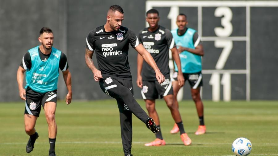 Renato Augusto e Giuliano em treino do Corinthians - Rodrigo Coca/Agência Corinthians
