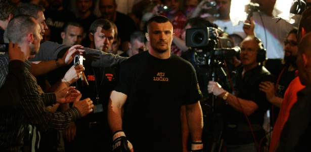 Mirko 'Cro Cop' enfrentará 'King Mo' no Rizin FF - Gary M. Prior/Getty Images