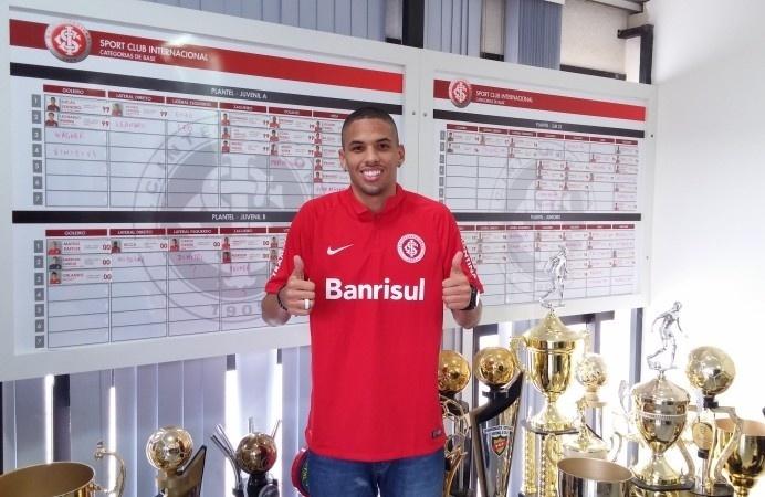 Rivaldinho, filho de Rivaldo, acerta com o Internacional