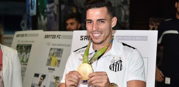 Zeca fez golaço na última vitória do Santos