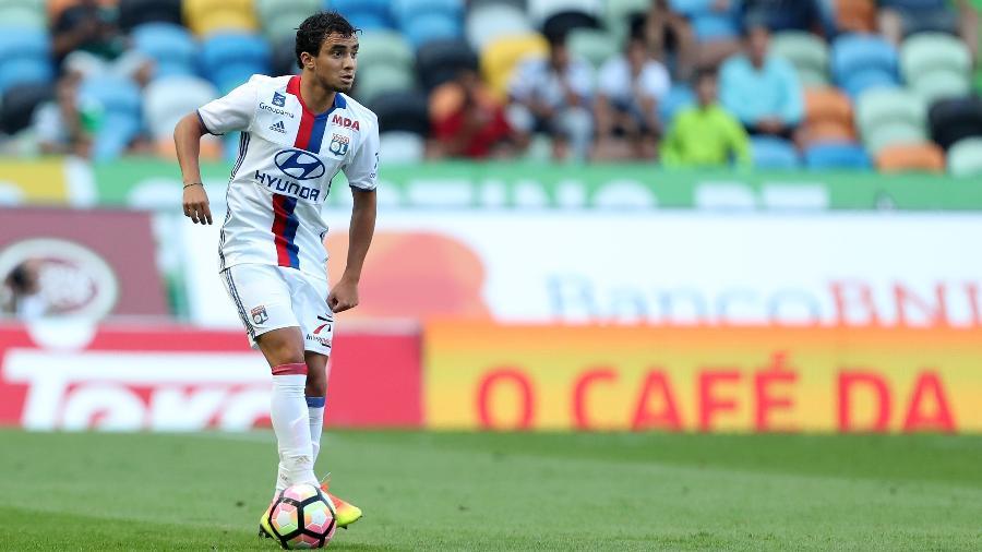 Rafael, que tem passagem pelo Lyon, da França, negocia com o Botafogo - Carlos Rodrigues/Getty Images