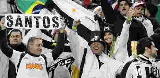 Torcida do Santos marcou presença no Japão para a disputa do Mundial da Fifa - REUTERS/Toru Hanai - REUTERS/Toru Hanai