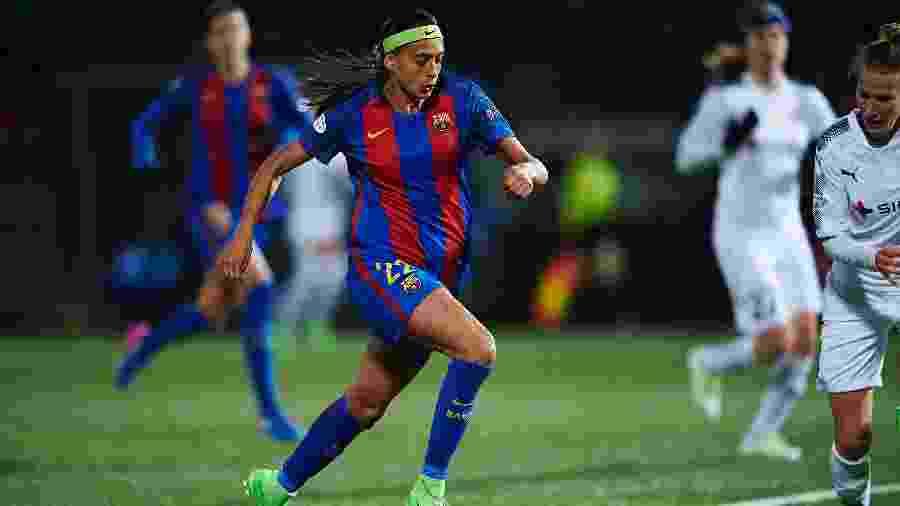 Brasileira Andressa Alves em ação pelo Barcelona - Lars Ronbog/Getty Images