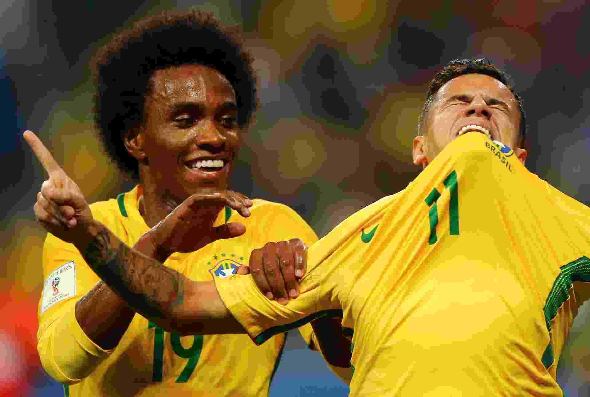 Philippe Coutinho comemora golaço da seleção contra o Equador - Pilar Olivares/Reuters