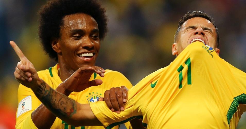 Philippe Coutinho comemora golaço da seleção contra o Equador