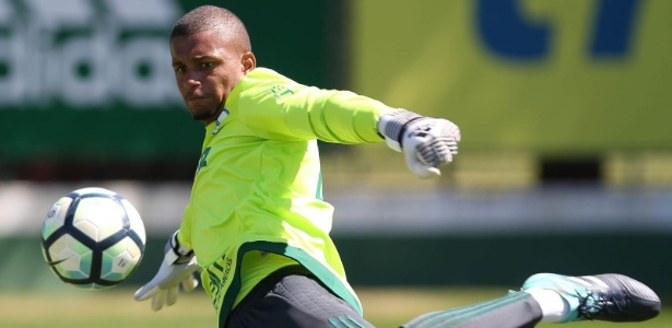 Anderson ficou 13 meses sem jogar e recebeu suporte multidisciplinar do Palmeiras