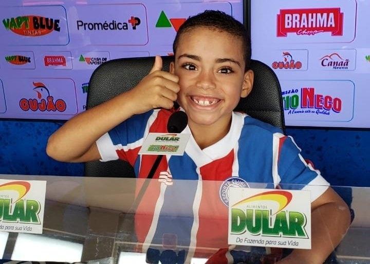 Matheus, menino de 7 anos que torce para o Bahia e conheceu o Fazendão