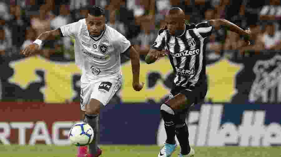 Alex Santana pode ser problema para a próxima partida do Botafogo - Vitor Silva/Botafogo