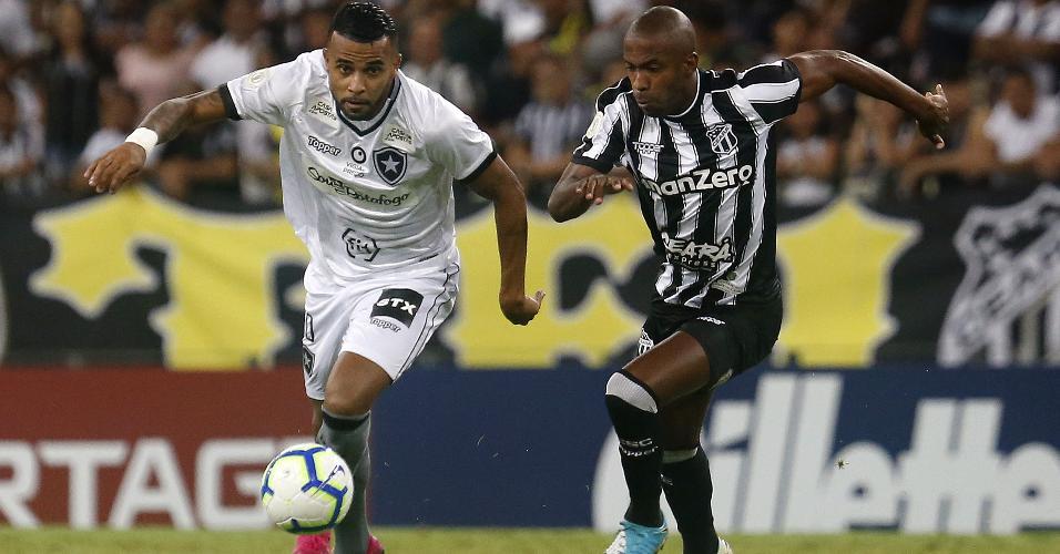 Alex Santana, durante partida entre Botafogo e Ceará