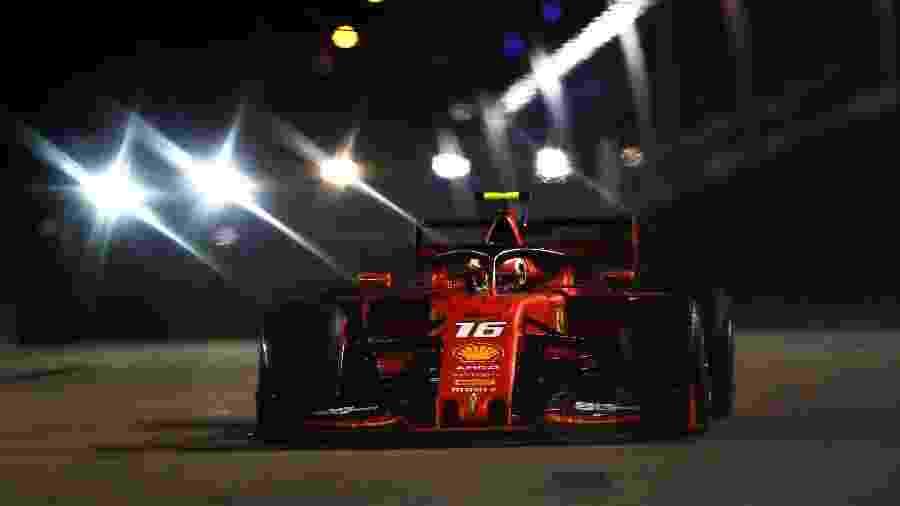 Charles Leclerc, da Ferrari, teve bom desempenho no Q2 para o Grande Prêmio de Cingapura - Lars Baron/Getty Images