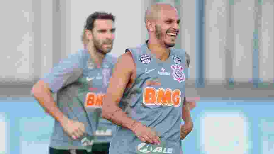 Lateral-esquerdo estreou pelo Corinthians dia 21 e foi desfalque por regulamento na Copa do Brasil - Rodrigo Coca